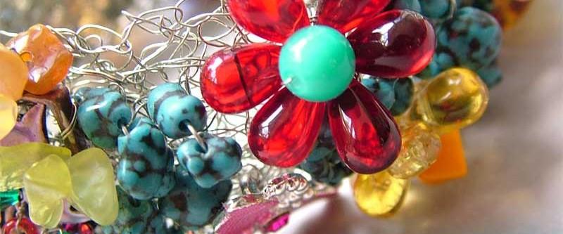 wire-crochet-bracelet-details