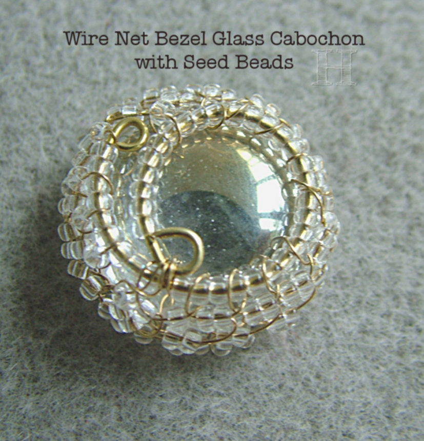 wire-netting-cabochon