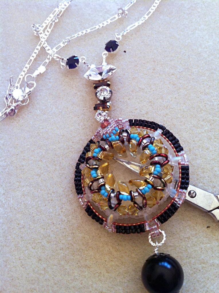 deco-round-necklace-ch0337-004
