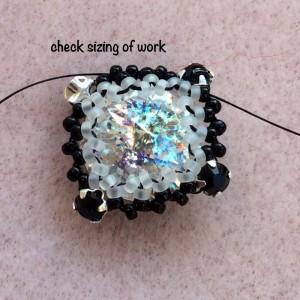 bead-bezel-square-rivoli-005