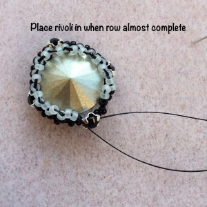bead-bezel-square-rivoli-007