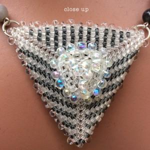 geometric-triangle-ch0360-020