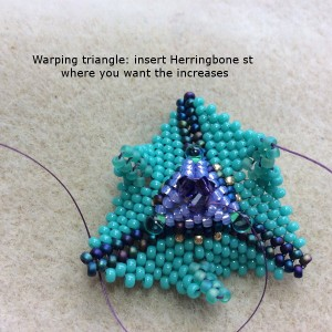 warped-beaded-triangle-ch0359-017