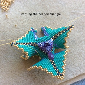warped-beaded-triangle-ch0359-018