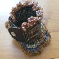 picture-crochet-cuff-clasp-006