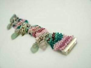 retro-revival-bracelet-ch0163-004
