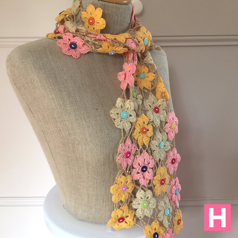 Crochet Flower Scarf ・ClearlyHelena