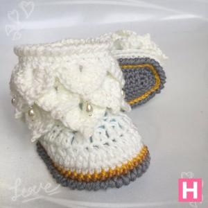 pearl-dangle-winter-boots-CH0392-002