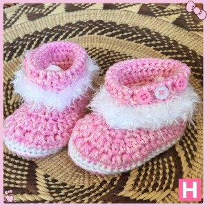 pink fluffy baby boots-001