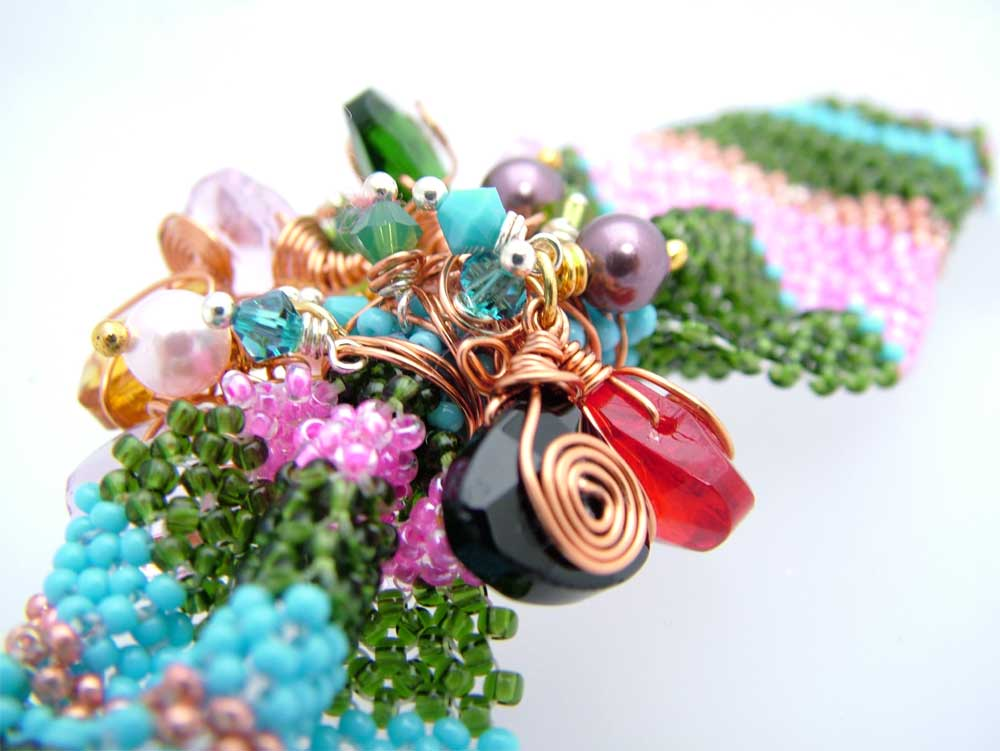 retro wirewrapped bracelet CH0198-107