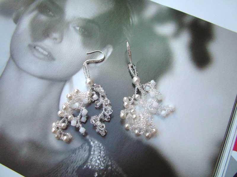 snow swirls earrings cc0107-001