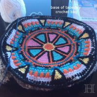 ghhorizontal tapestry crochet bag 006