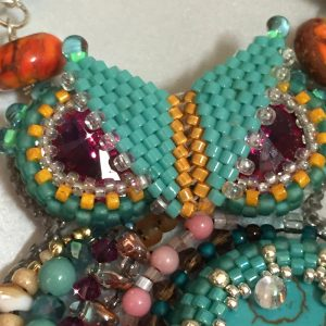 karlyn beaded owl ch0423-018