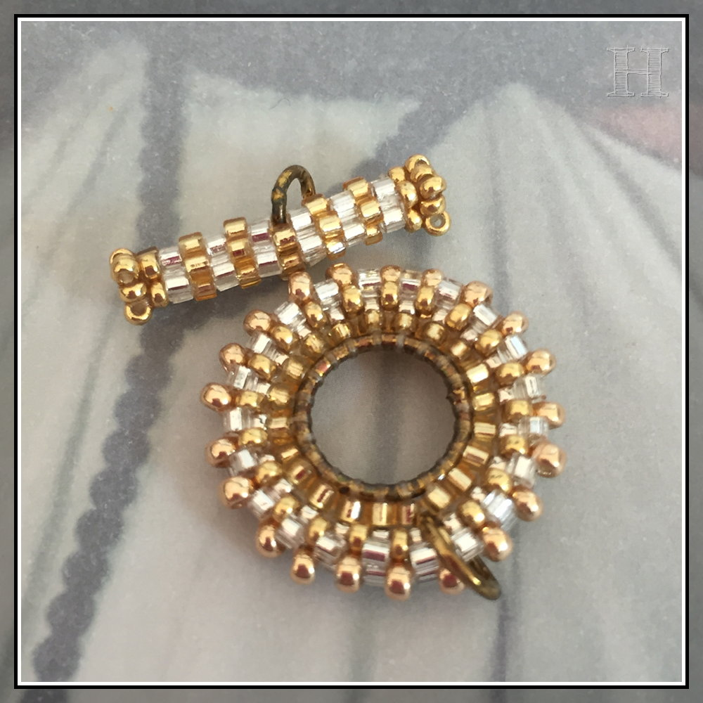 beaded toggles - CH0434-D00