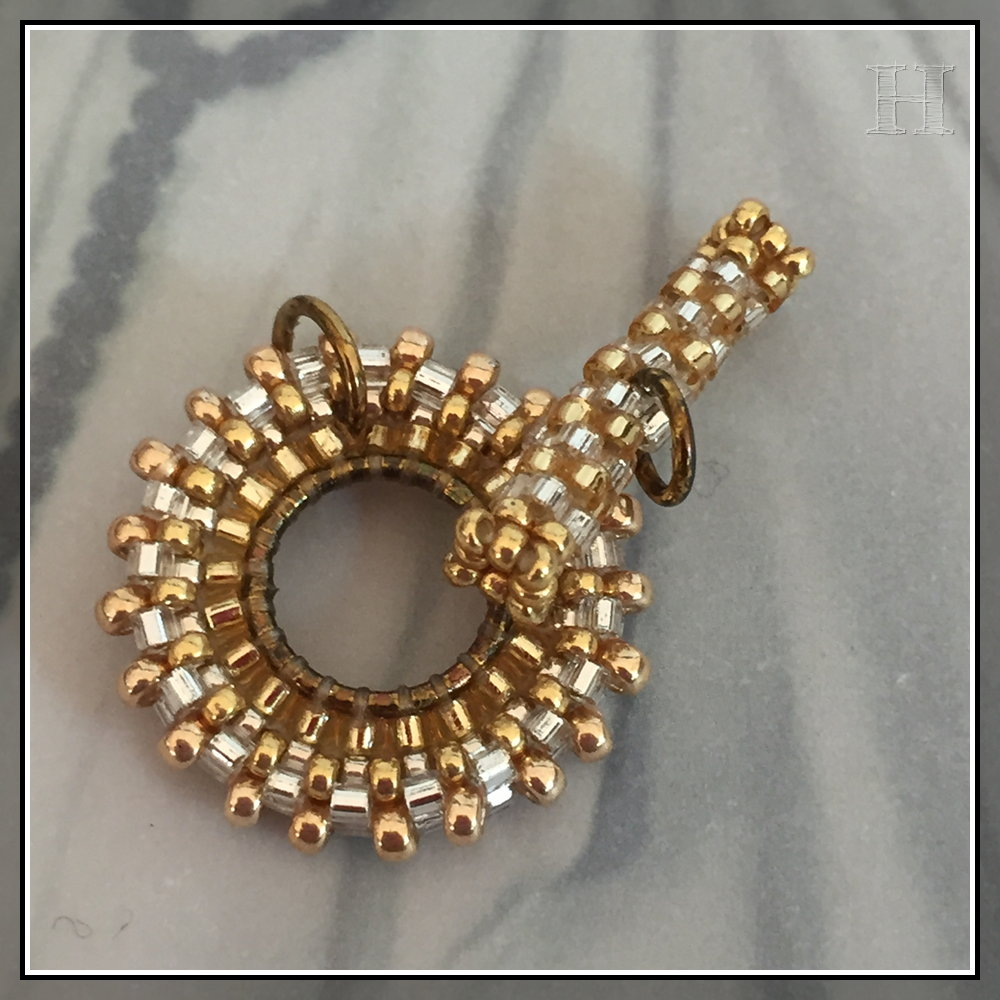 beaded toggles - CH0434-D01