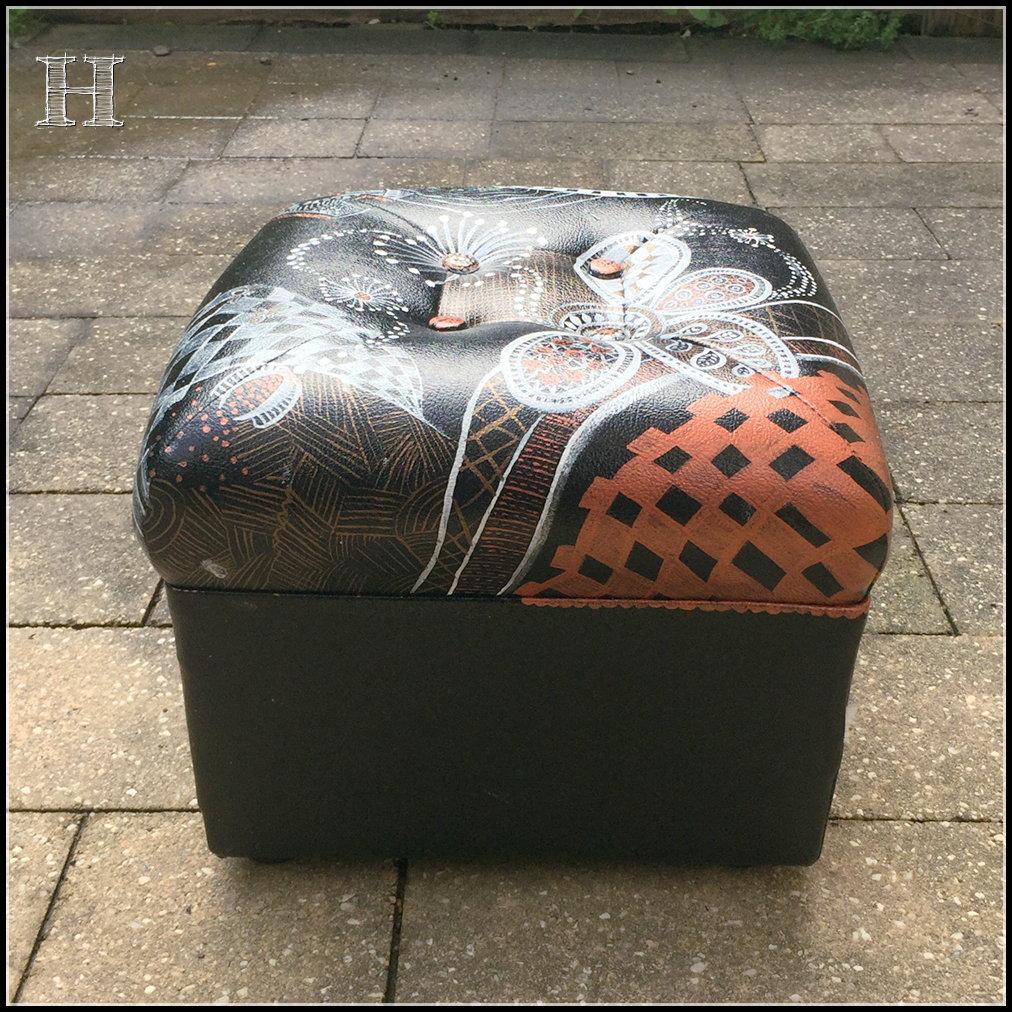 zentangle footstool 05