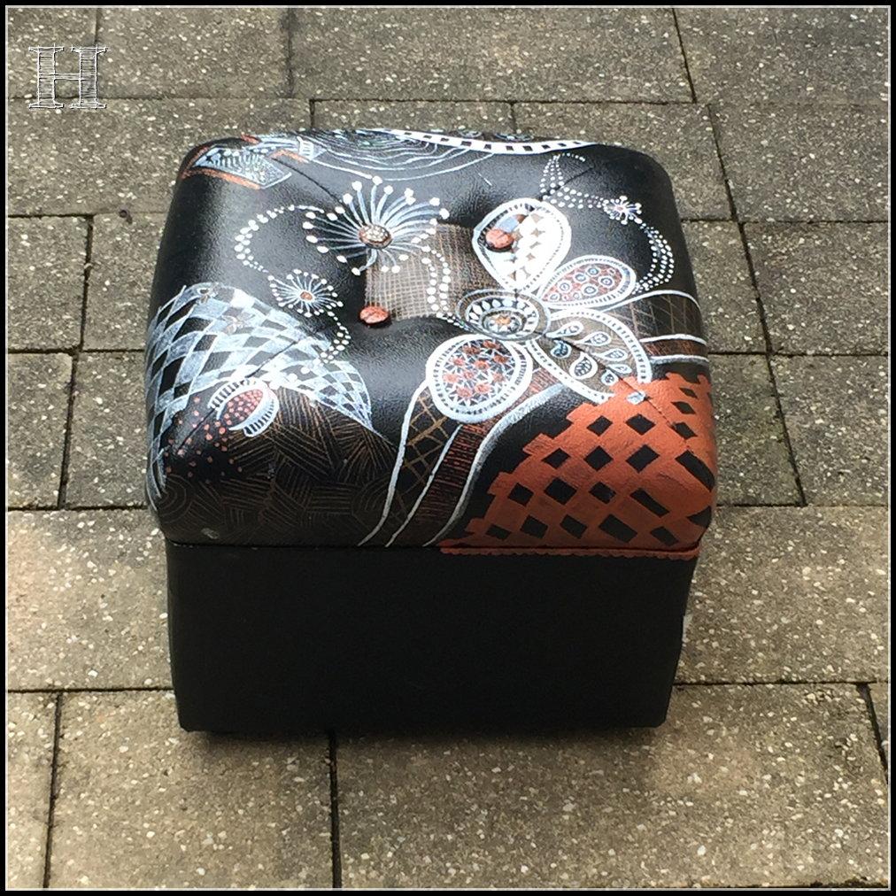 zentangle footstool 06