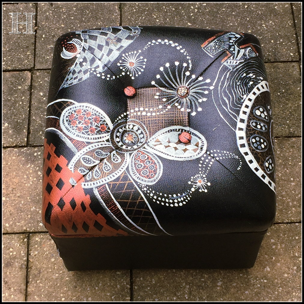 zentangle footstool 07