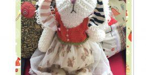 Marnie Wabbit – Large Amigurumi Rabbit