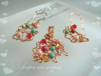 Freeform Wire Wrap Pendant and Earrings (CH291/hl)