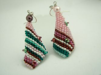 Retro Revival cone earrings (CH0162)