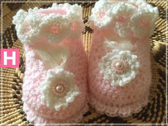 Pink Pearly Charm Baby Shoes (CH0385A)