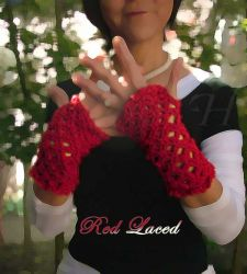 Red Lace Fingerless Gloves (CH0263C)
