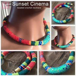 Sunset Cinema beaded crochet necklace - CH0401