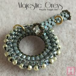 """Majestic Greys"" Peyote Toggle Set - CH0420"